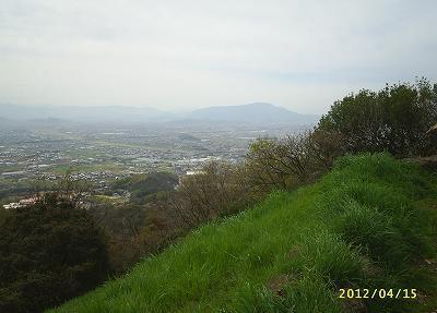 s-201204155.jpg