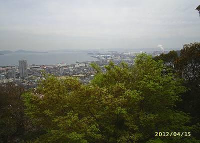 s-201204156.jpg